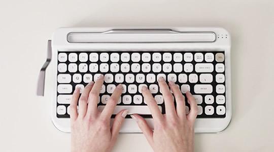 Penna - Retro Bluetooth Keyboard